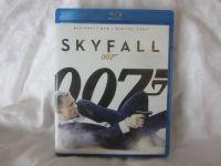 SKYFALL 007 BLU-RAY